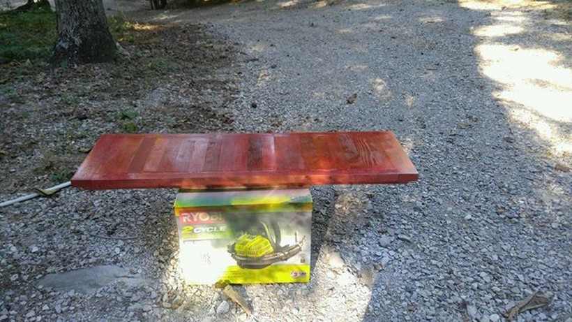diy-pallet-wooden-bench