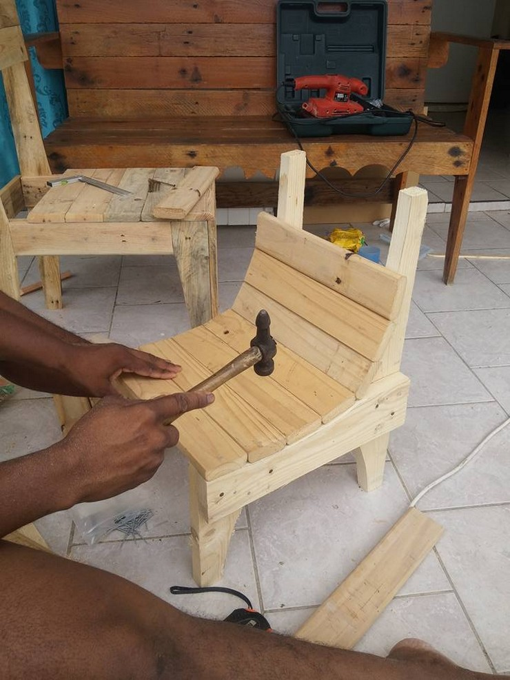 how-to-make-pallet-chair
