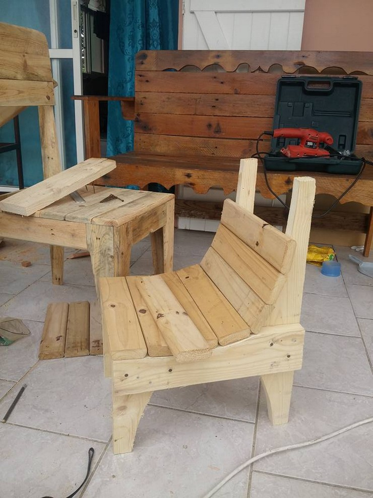 kids-pallet-chair