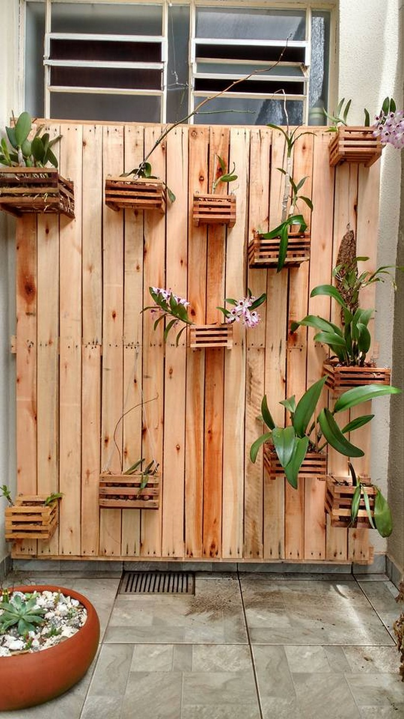 pallet-decor-planter