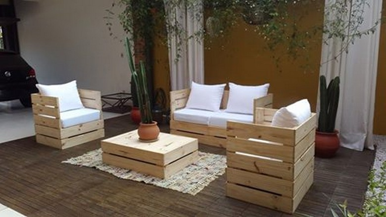 pallet-patio-lounge-furniture