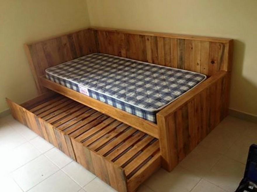 pallet-wood-bed
