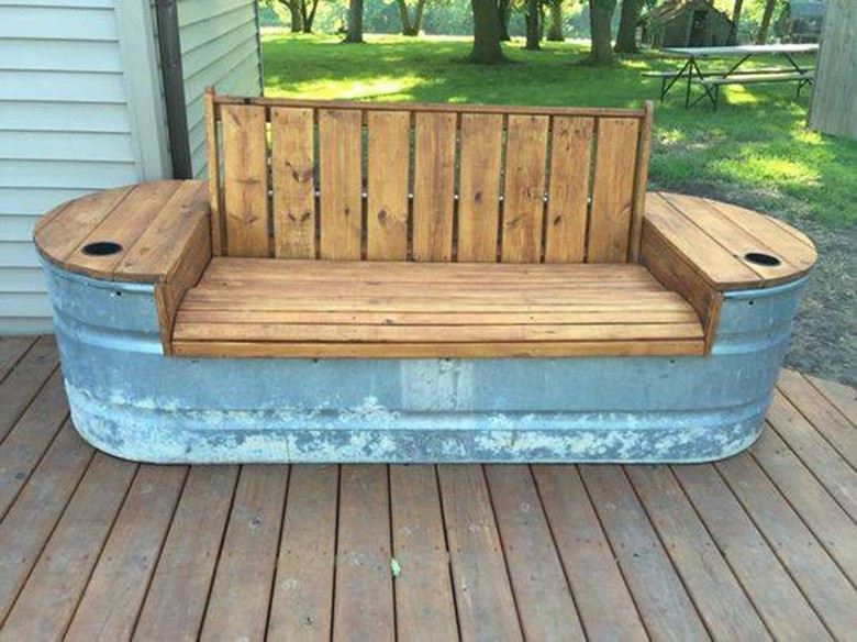reclaimed-pallet-plus-stock-tank-bench