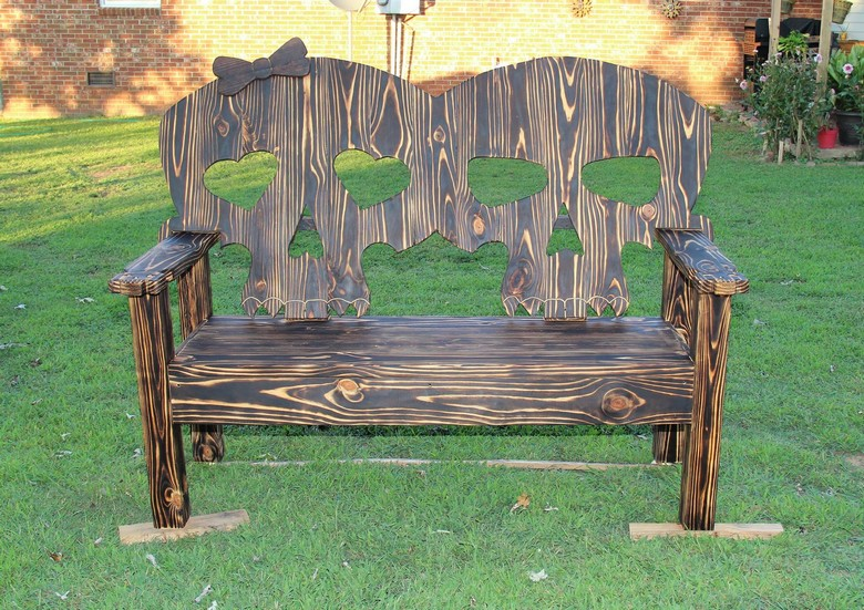 recycled-pallet-wood-bench