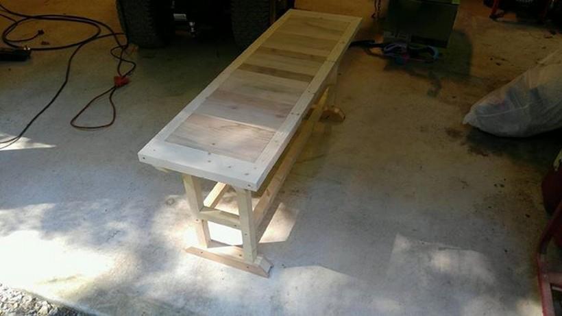 wooden-pallet-bench