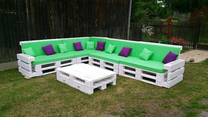outdoor-pallet-couch