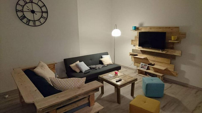 pallet-furniture-and-tv-stand