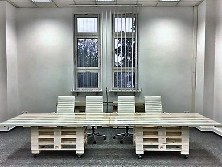 pallet-office-furniture