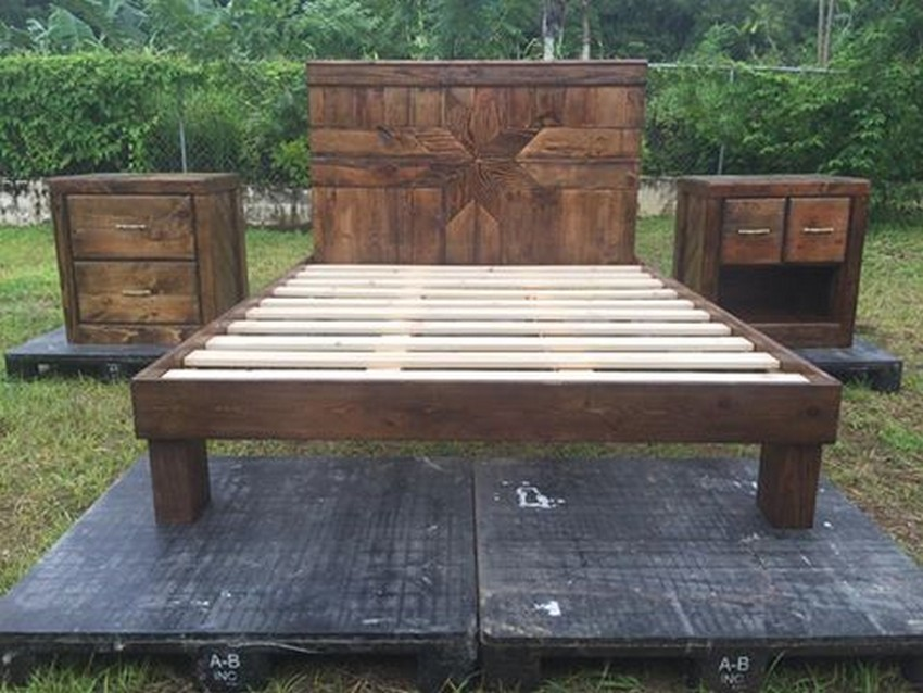 Queen Size Pallet Bed with End Tables