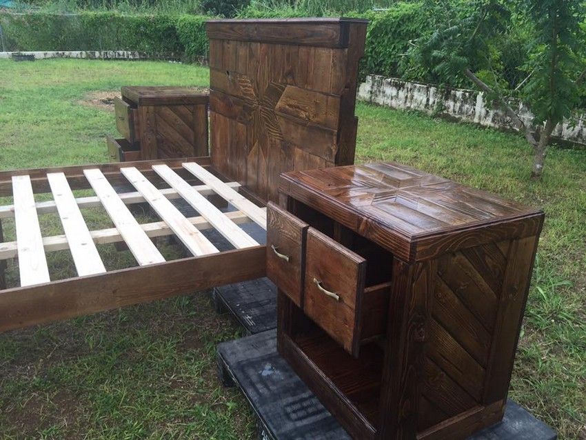 recycled-pallet-bed-and-side-tables