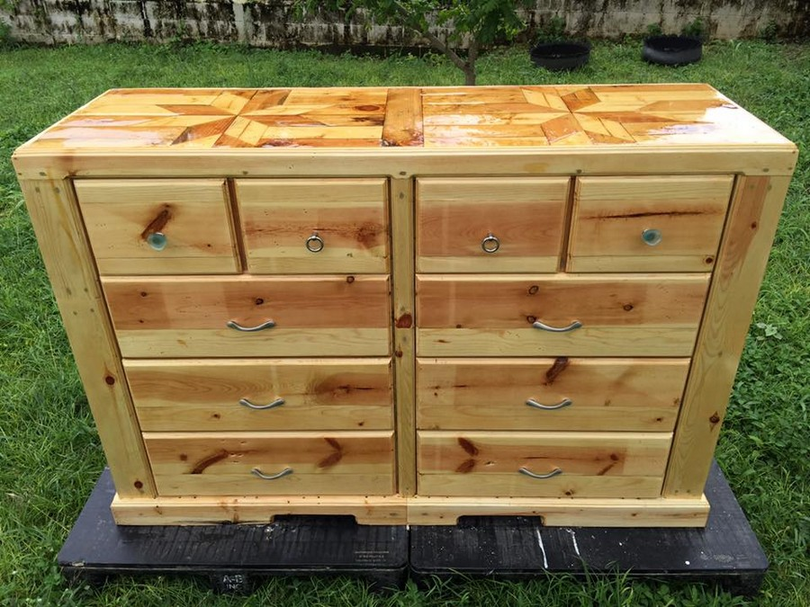 recycled-pallet-dresser