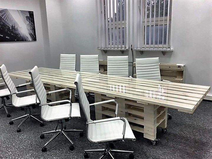 wood-pallet-office-furniture