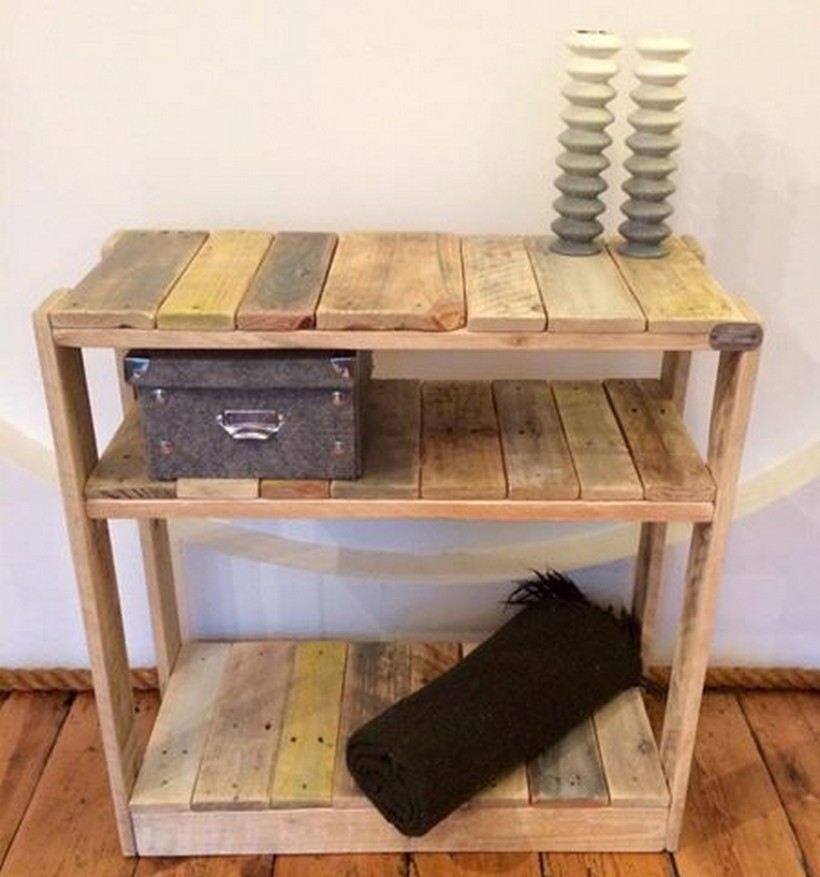 wood-pallet-side-table