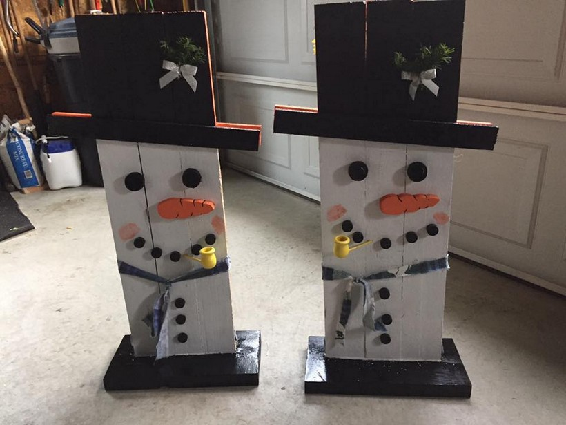 wood-pallet-snowman