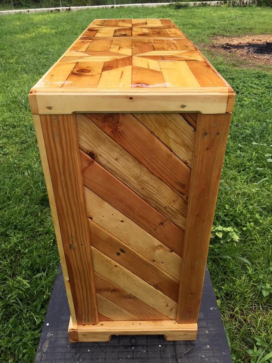 wooden-pallet-dresser