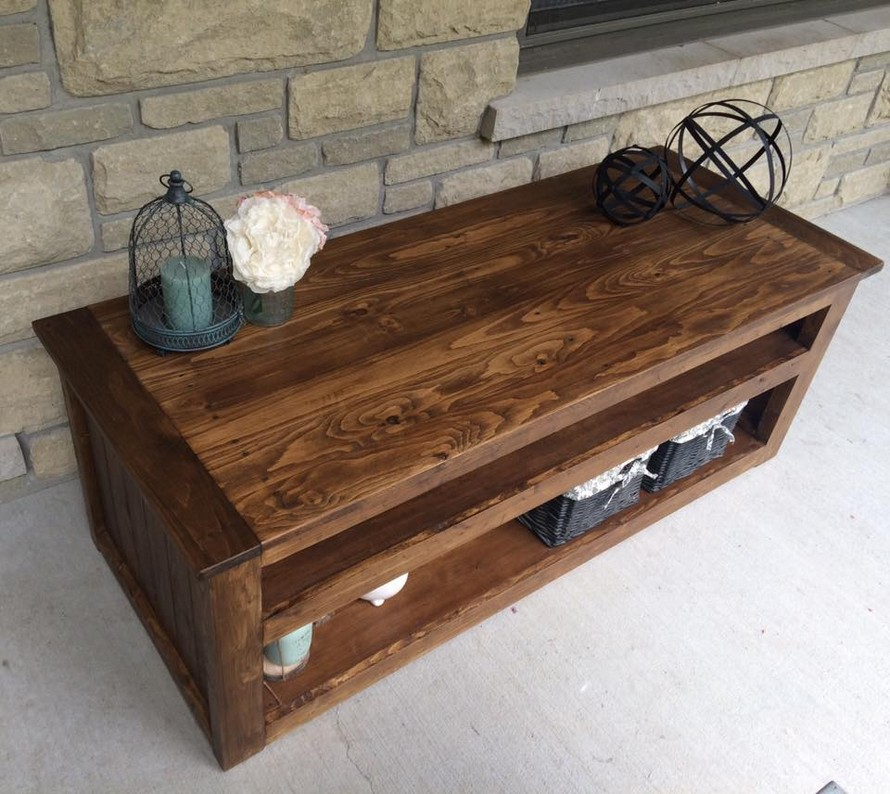 Recycled Wood Pallet Side Table