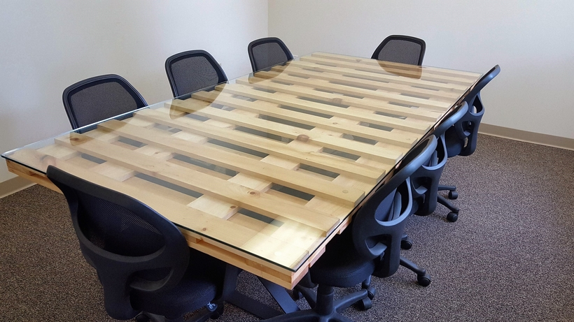 pallet-conference-table