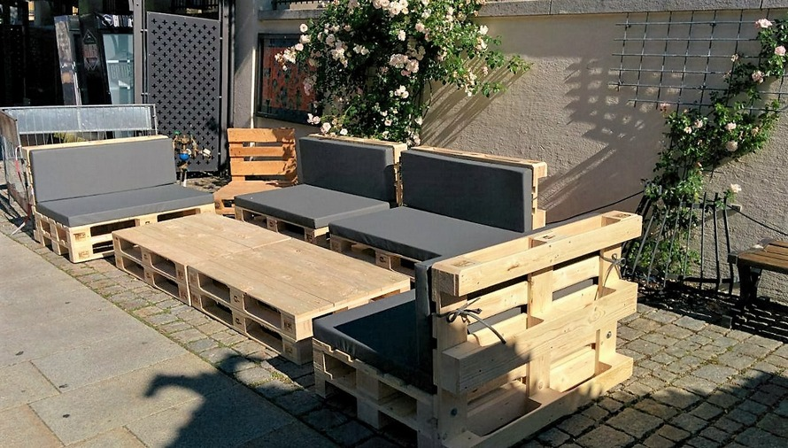 outdoor-pallet-furniture