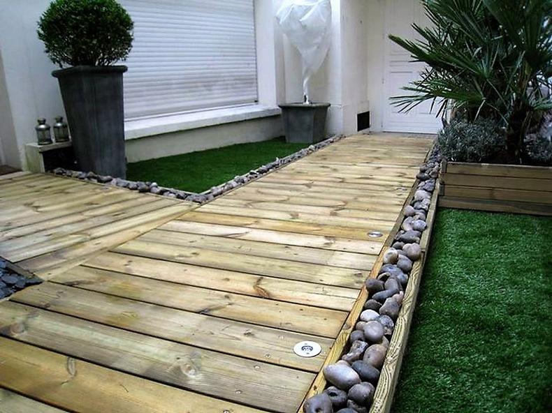 pallet-garden-pathway