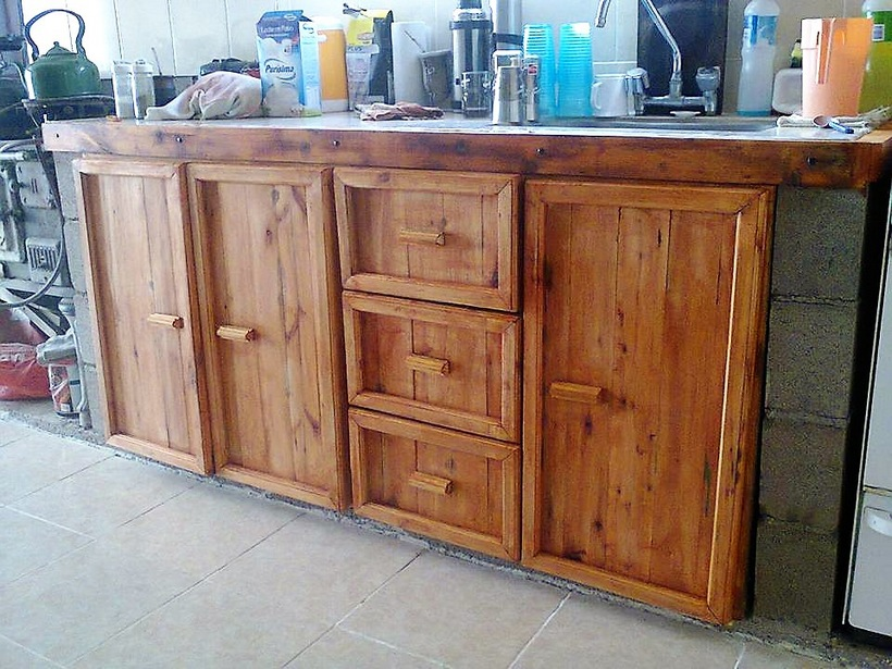 pallet-kitchen-cabinets