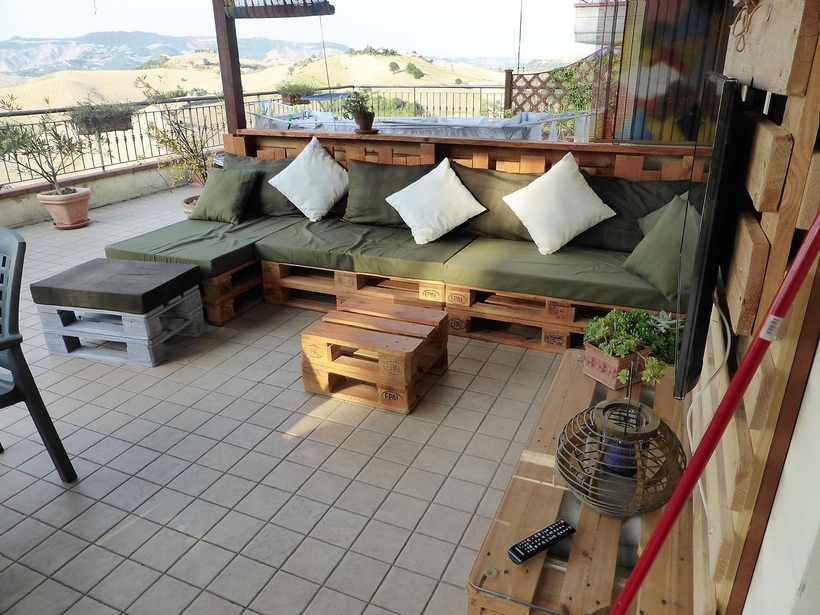 pallet-outdoor-couch