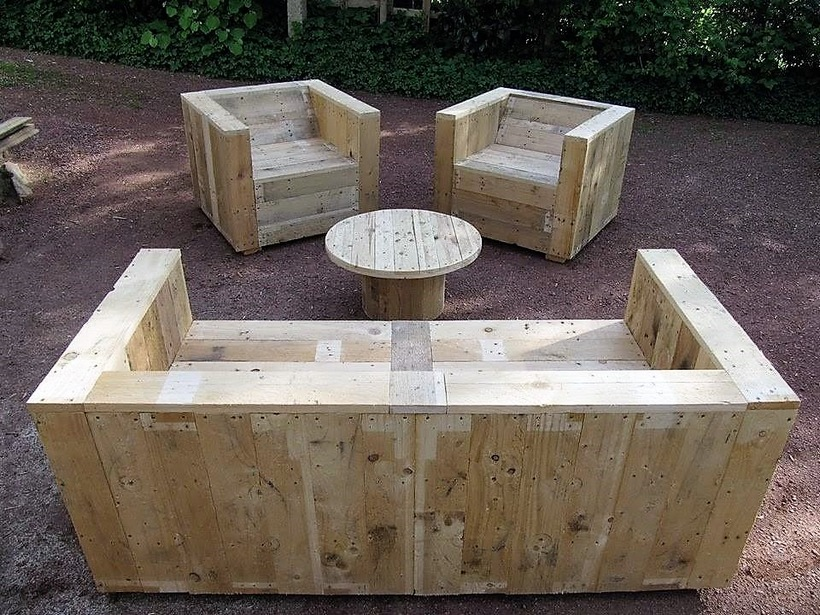 pallet-patio-furniture-set