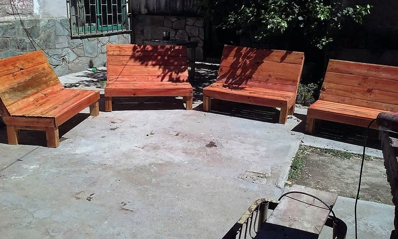 patio-pallet-furniture