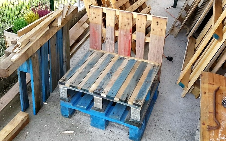 reclaimed-pallet-seating