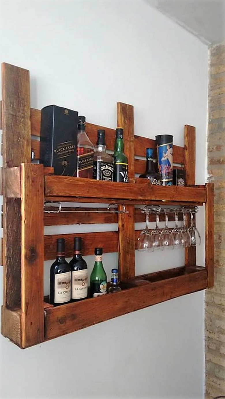 recycled-pallet-shelving