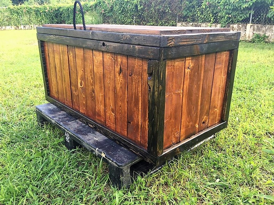 recycled-pallet-storage-chest