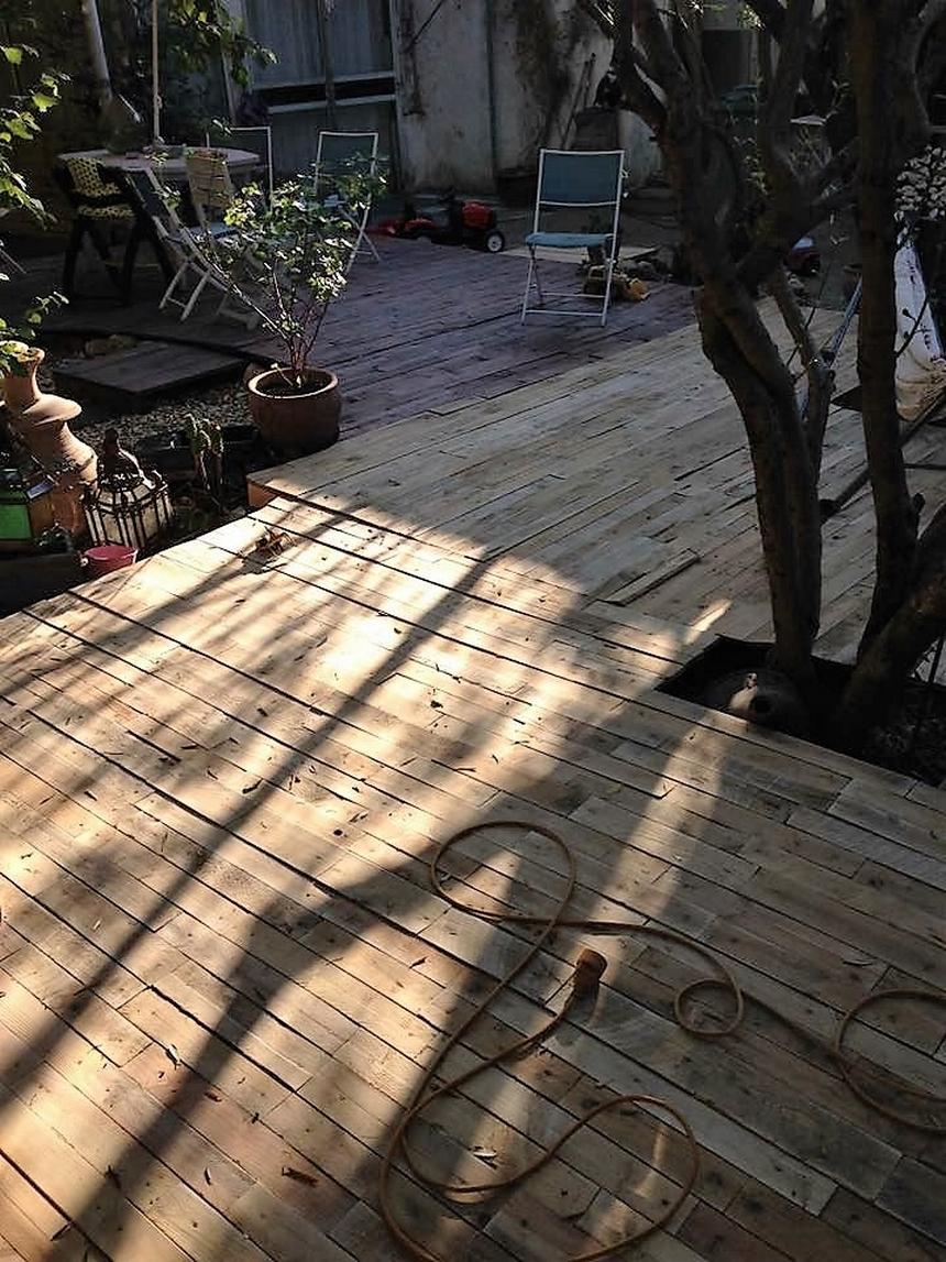 wood-pallet-garden-terrace