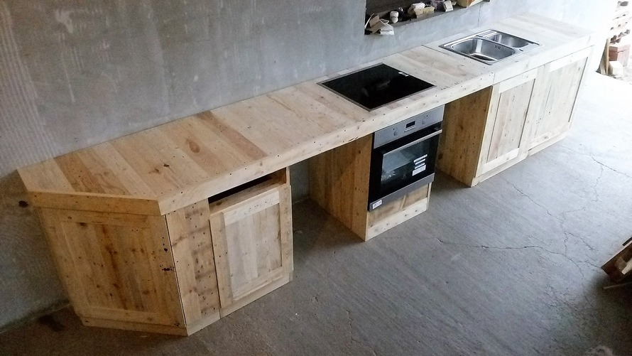 Recycled Wood Pallet Made Kitchen | Wood Pallet Furniture