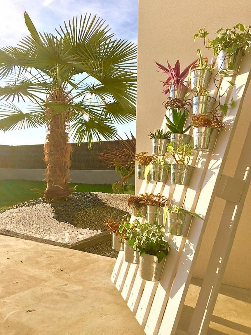 wood-pallet-planter