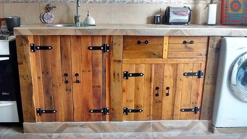 wood-pallet-storage