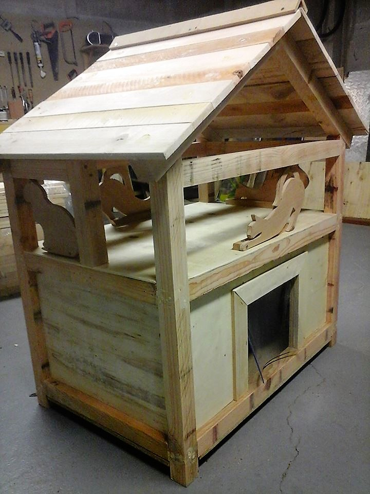 diy-pallet-cat-house-project