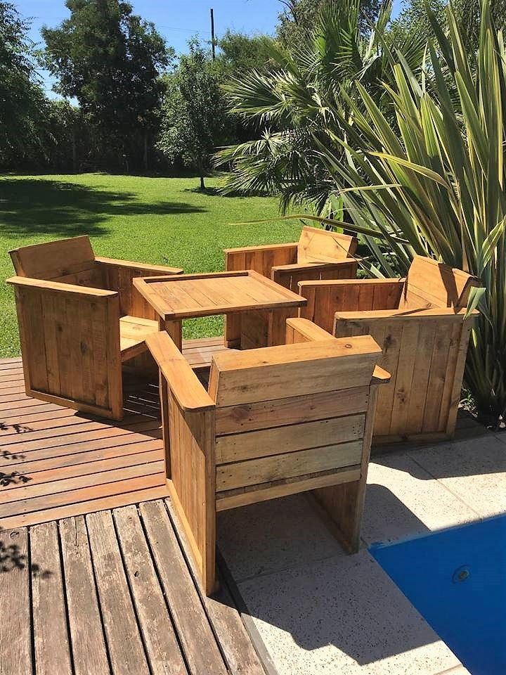 outdoor-pallets-made-furniture