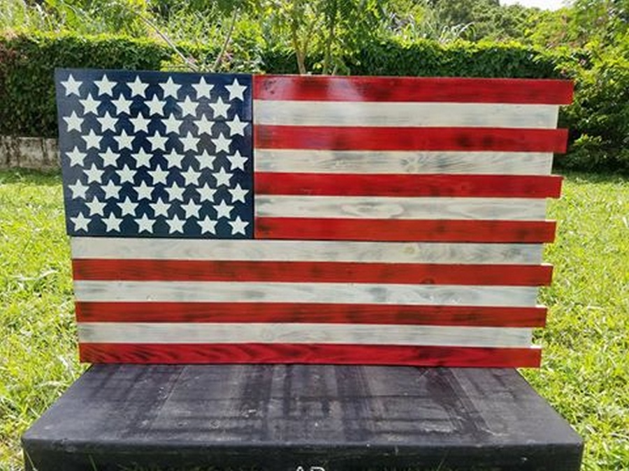 pallet-american-flag
