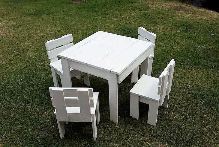 pallet-furniture-for-kids