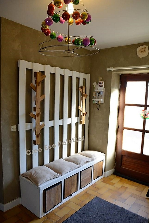 pallet-hallway-tree