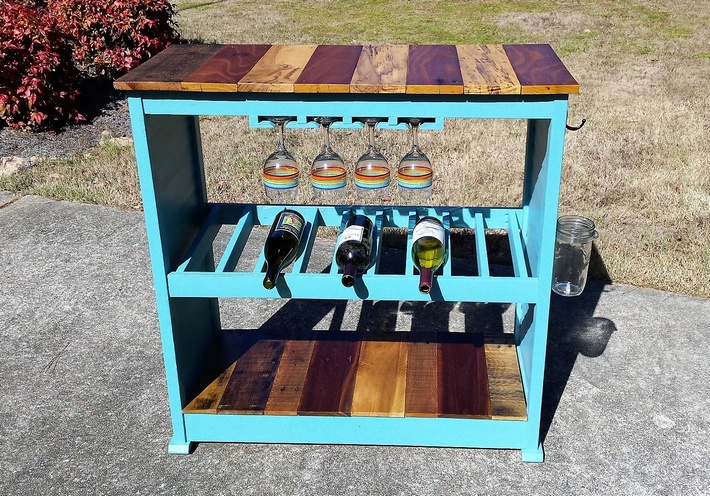 pallet-party-bar