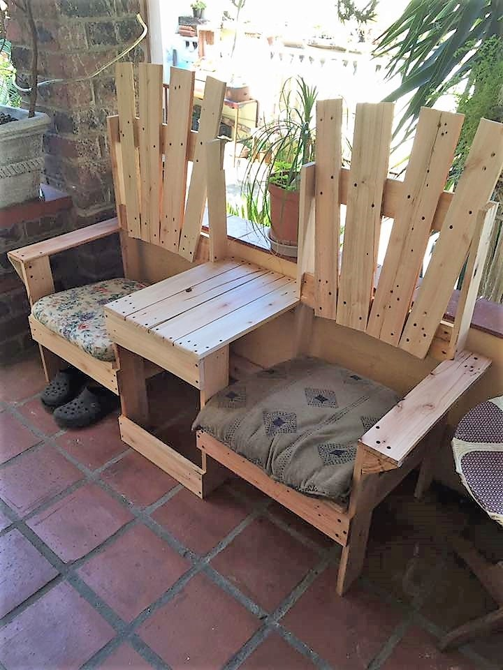 pallet-wood-double-chair