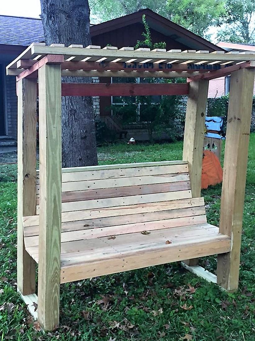 pallet-wood-pergola-bench
