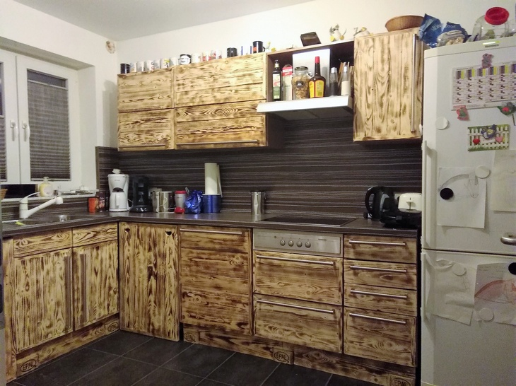 Kitchen cabinets using old pallets with regard to kitchen for Kitchen units made from pallets