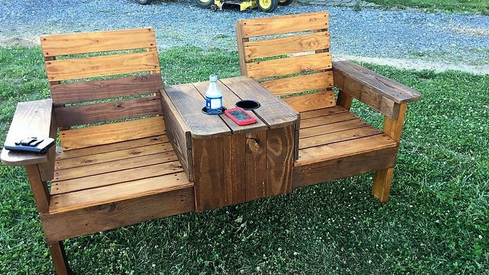 recycled-pallet-bench-chair