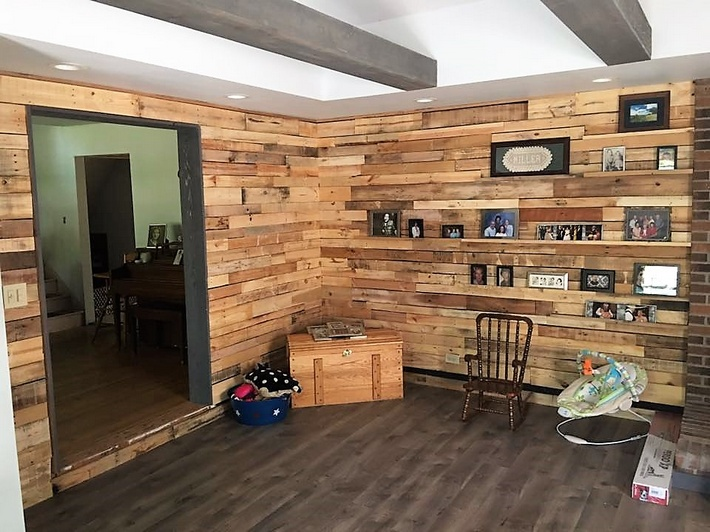repurposed-pallet-wall-art