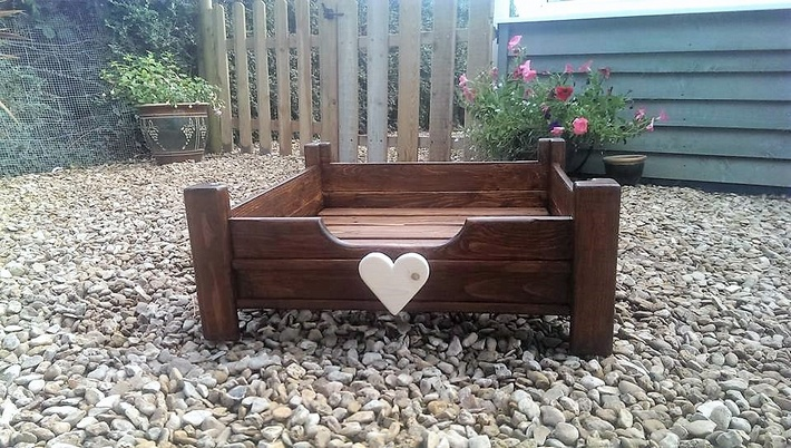 restyle-pallets-dog-bed