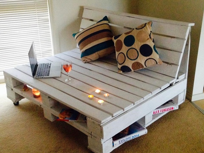 cute pallet seating with storage