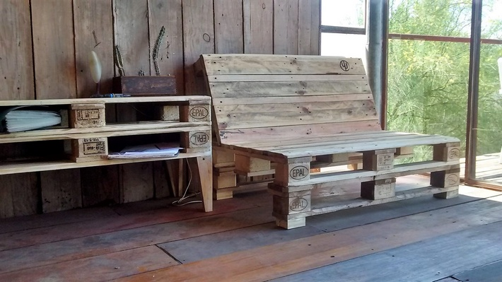pallet patio bench and table