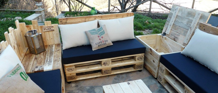 pallet patio furniture with storage