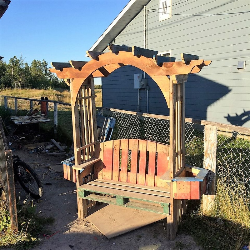 pallet patio pergola bench